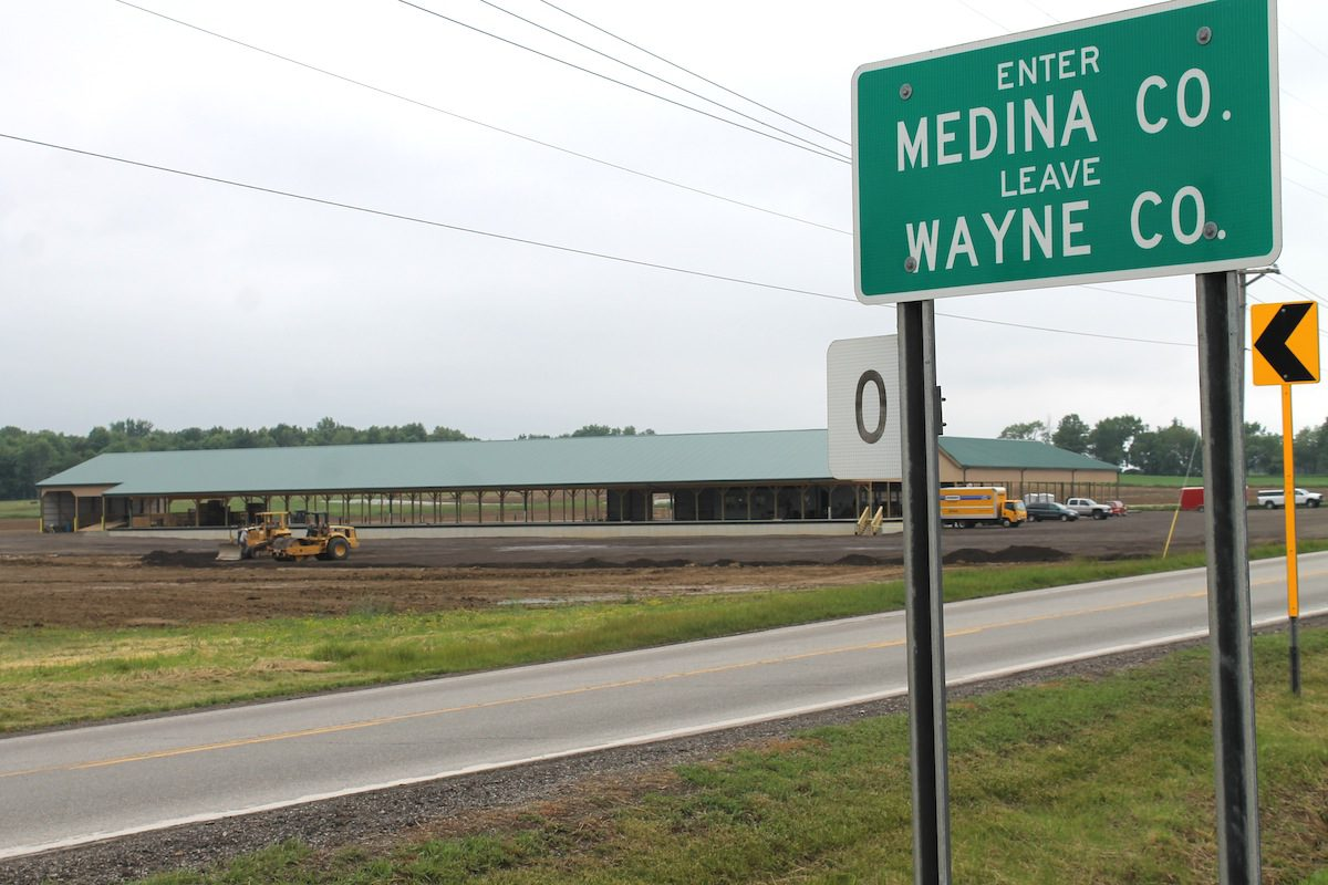 County Line Produce Auction Opens New Facility Farm And