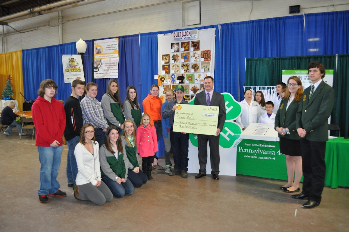 Shell rep at 4-H learning station
