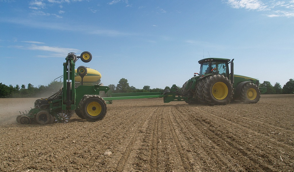 planting soybeans