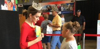 Miss America meets children