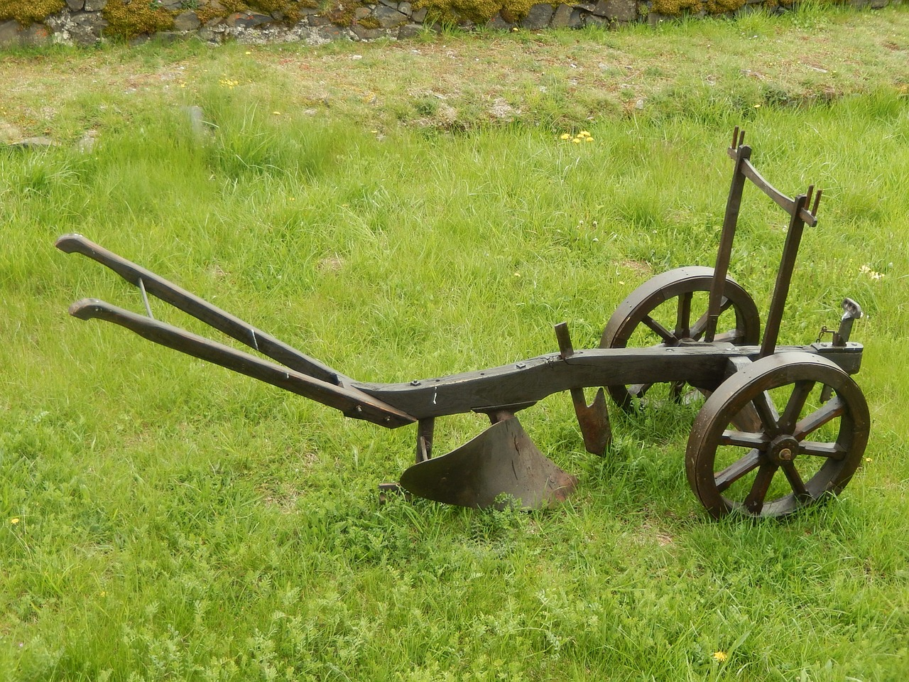 Who Invented Iron ~ Debate who really invented the steel plow farm and dairy