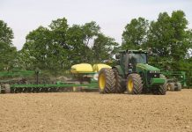 planting-soybeans