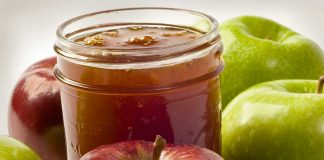 Apple Butter in Mason Jar with Apples