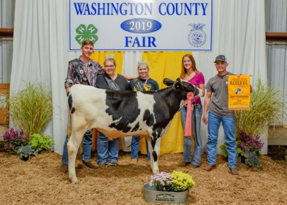 Washington County Fair Reserve Champion Dairy Feeder