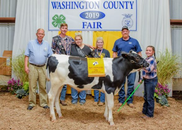 Washington County Fair Grand Champion Dairy Feeder