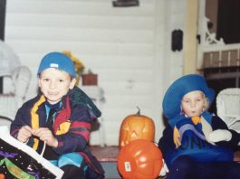 An old picture of Kym Seabolt's children celebrating a past Halloween