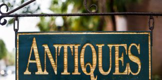 """A sign reading """"antiques."""""""